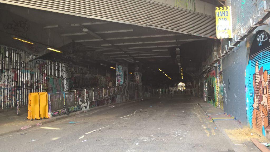 Brzydki Londyn, pierwsze wrazenia, stacja Waterloo
